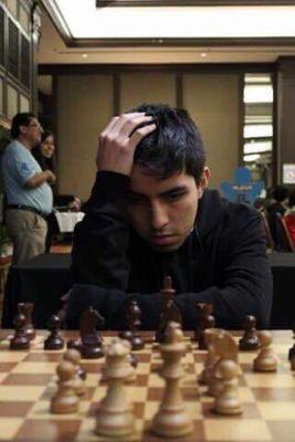 Omar Molina, campeón del Torneo de Ajedrez de Fin de Año