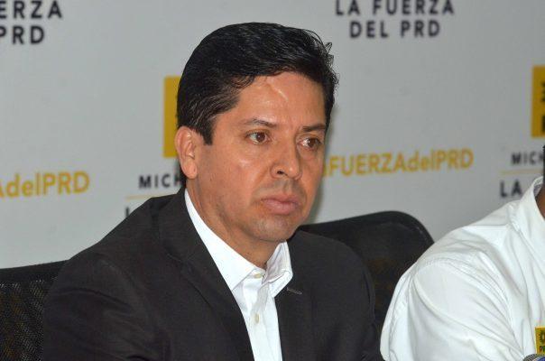Acusa PRD a Morena y CNTE de sabotear mítines en precampañas