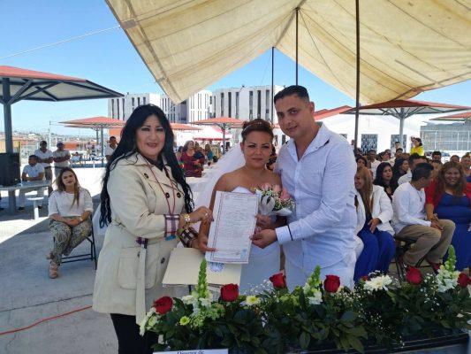 Realizan matrimonios colectivos en el Centro para Delitos de Alto Impacto No. 1