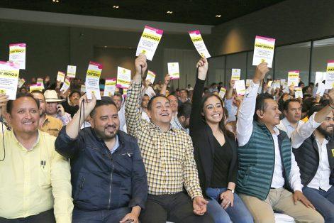 Definen candidaturas a pluris en Michoacán