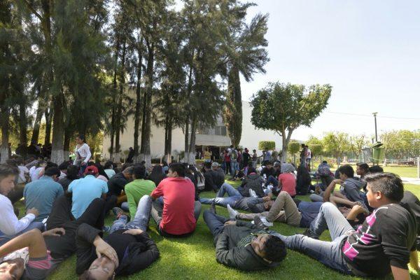 CUL marcha por reincorporación de expulsados de la UMSNH