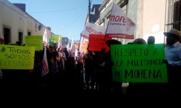 Protestan militantes de Morena por candidatura de Tzintzuntzan