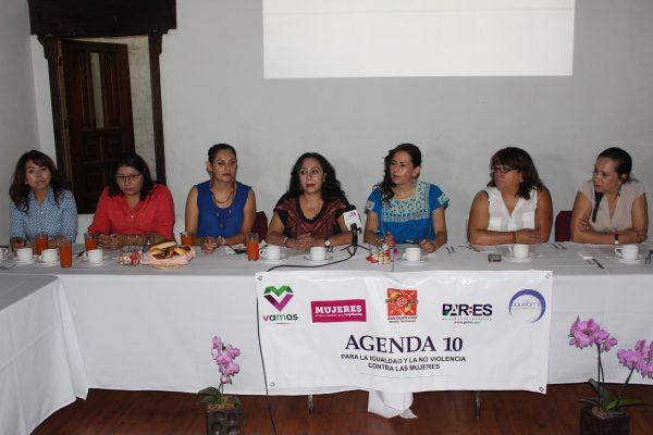 Presentan Agenda 10, para fortalecer sector femenil