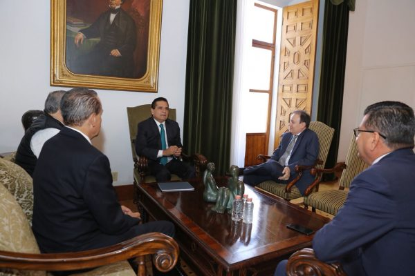 Dialoga gobernador con Alfonso Durazo sobre Foros de Pacificación