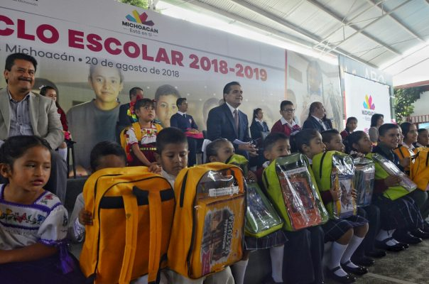 La educación no es un juego de vencidas: Gobernador