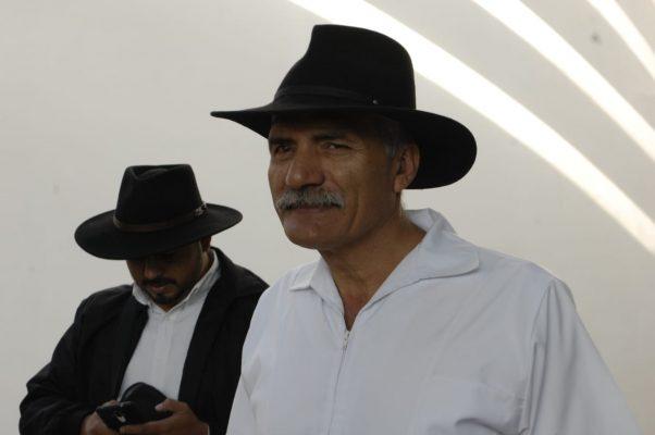 Por falta de luchadores sociales, Mireles abandona Foro de Reconciliación y Pacificación
