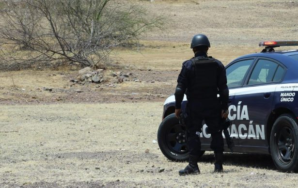 Asegura la SSP vehículos robados en Parácuaro