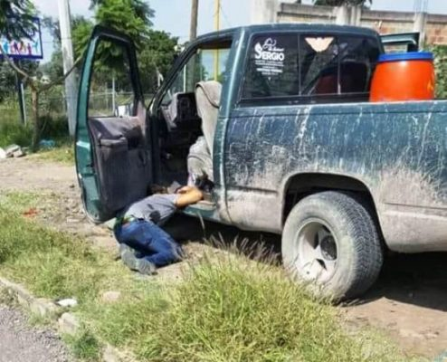 Asesinan a dos hombres en calles de Sahuayo