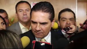 Gobernador anuncia que se ausentará del cargo