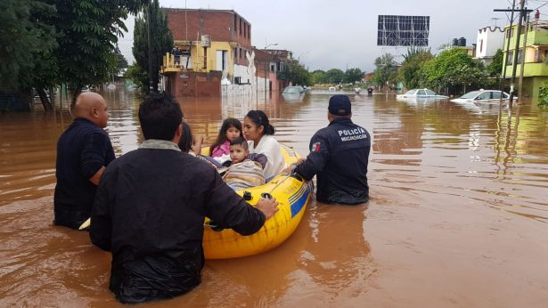En auxilio de la población Moreliana.