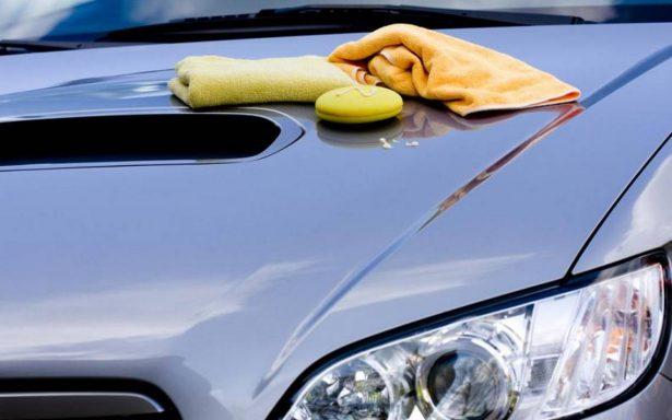 Taller de Servicio: Limpieza correcta del exterior de un auto