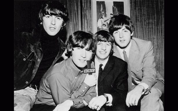 ¡Toda una joya! Subastan imágenes inéditas de The Beatles