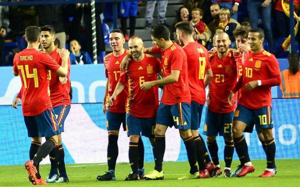 España brinda espectáculo en Málaga y golea 5-0 a Costa Rica