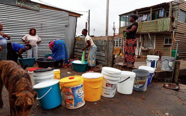 Aplazan día cero sin agua en Ciudad del Cabo, Sudáfrica