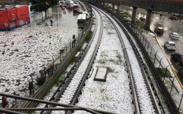 Lluvias complican inmediaciones del Aeropuerto de la CDMX