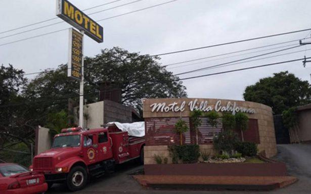 Tragedia en motel: pareja muere intoxicada en jacuzzi y otro más queda delicado