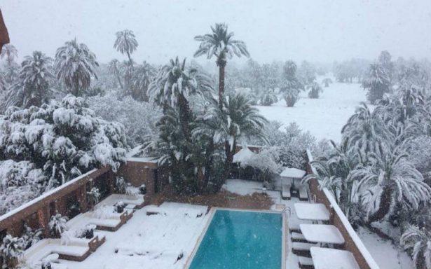 Inusual nevada sorprende a habitantes de Marruecos