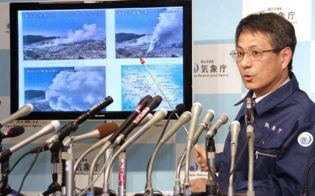 Un volcán japonés entra en erupción por primera vez en 250 años