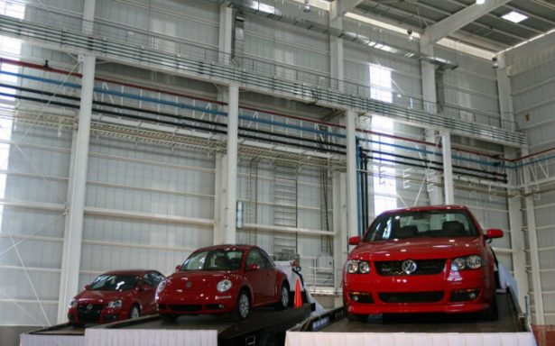 Inflación y aumento de tasas de interés impacta en venta de autos subcompactos en México