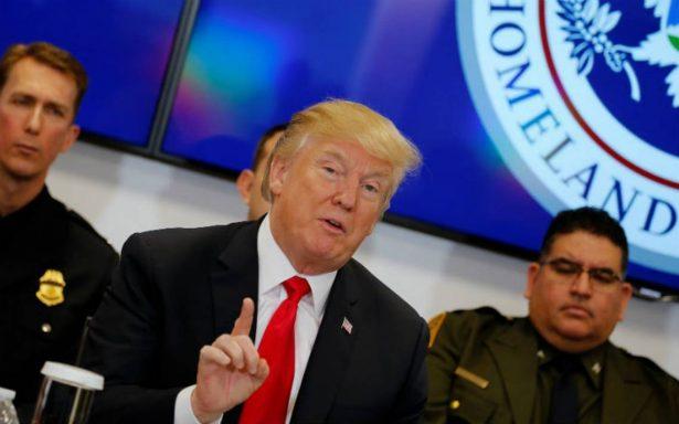 """Acuerdo de DACA sin muro es una """"pérdida total de tiempo"""", afirma Trump"""