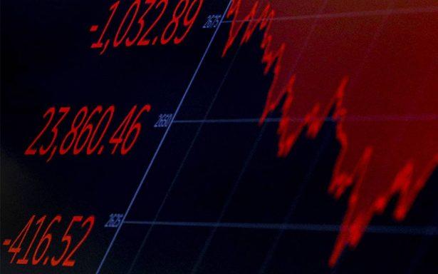 Dow Jones vuelve a caer, pierde 4,15% al cierre en Wall Street
