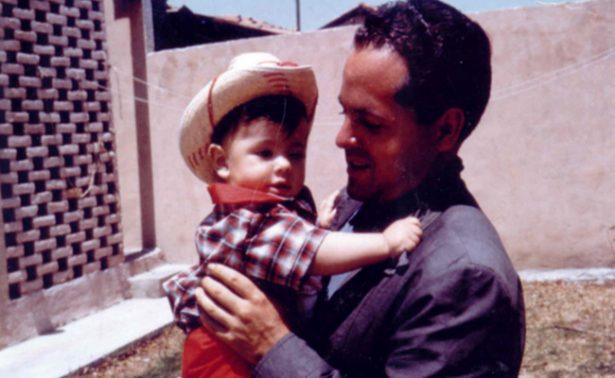 """""""Te extraño todos los días"""", así recuerda Peña Nieto a su padre"""
