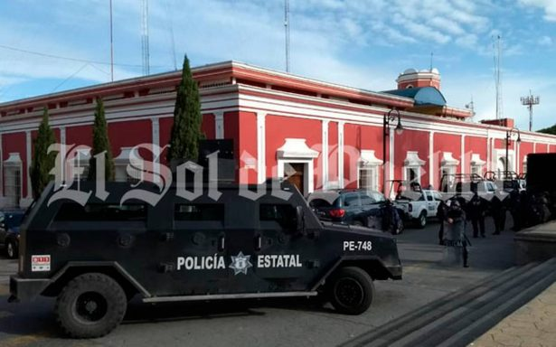 Policía Estatal realiza megaoperativo en alcaldía y comandancia de Ciudad Serdán