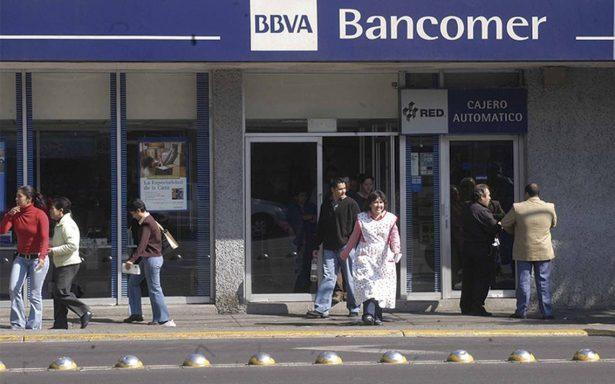"""Nombran a BBVA Bancomer """"Mejor banco de México en 2017"""""""