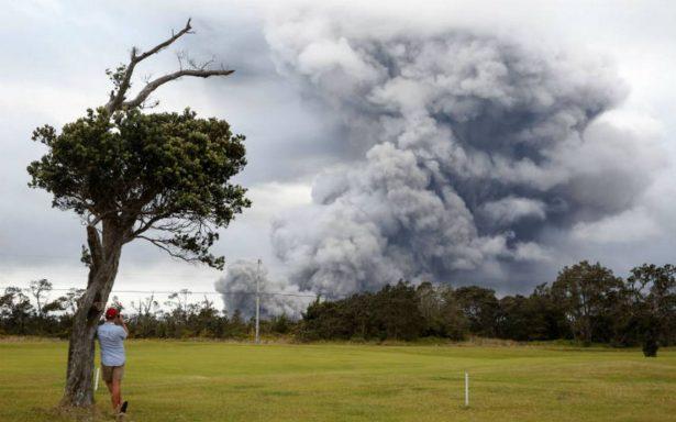 Alerta en Hawái por erupción explosiva del volcán Kilauea