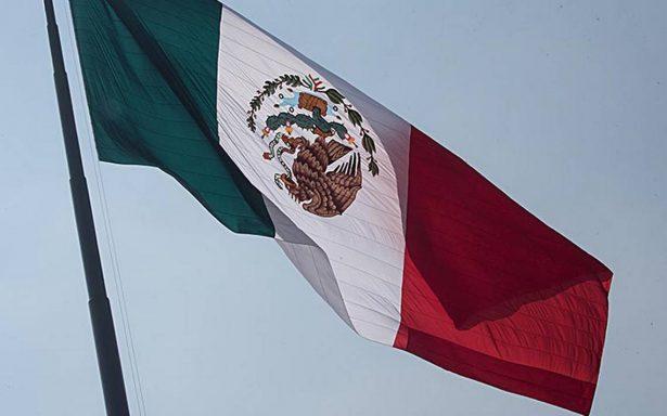 Senadores de Morena presentan iniciativa para que ningún partido utilice colores de la bandera