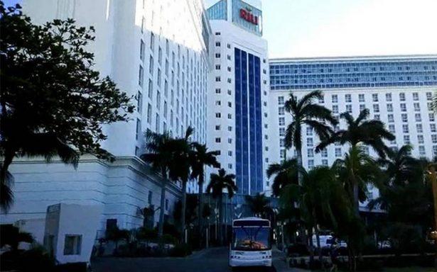 Extranjero muere tras caer del piso 15 de un hotel en Cancún