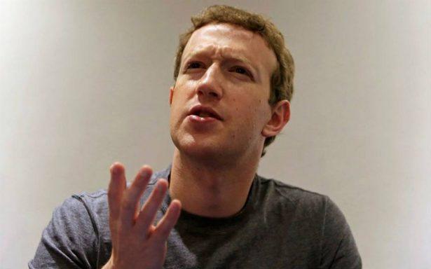 Parlamento británico llama a declarar a Zuckerberg por filtración de datos