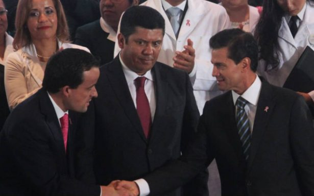 Peña Nieto anunciará salida de Mikel Arriola del IMSS