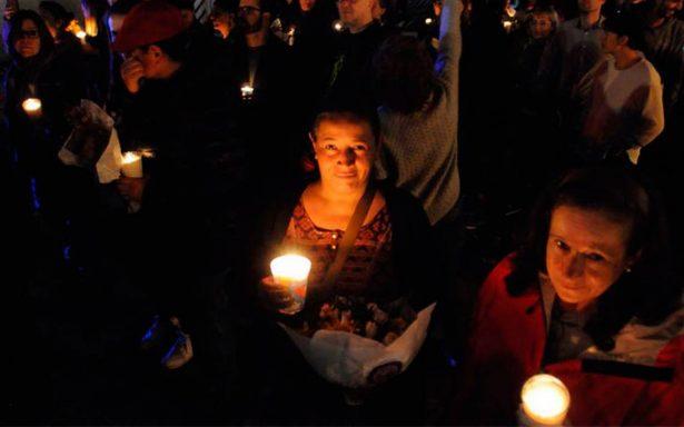 Luego del escombro y muerte, recuerdan en procesión a víctimas de la colonia Roma
