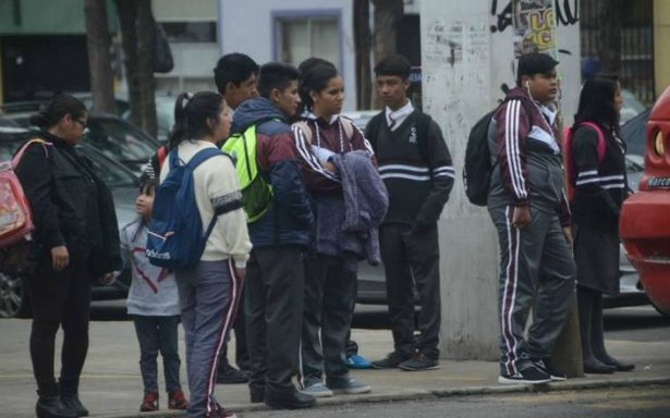 Edomex prevé cambios en horarios escolares por fríos
