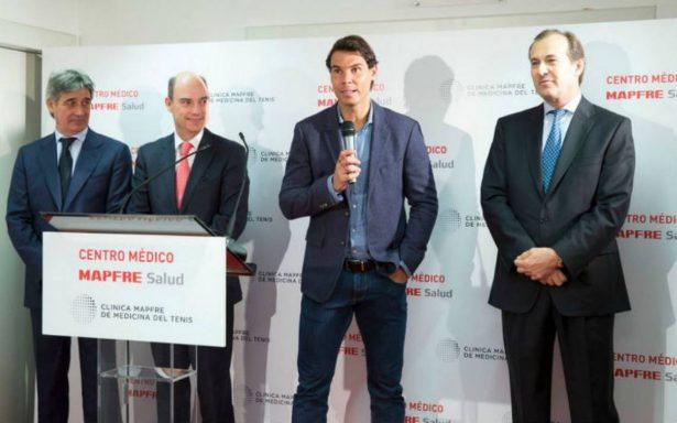 Rafa Nadal inaugura una clínica especializada en tenis en Madrid