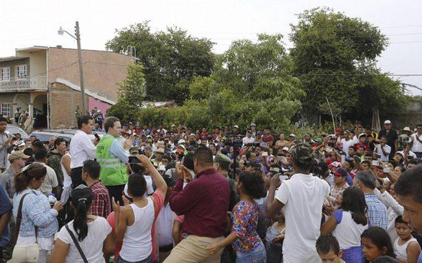 Peña Nieto define tres objetivos para atender afectados por sismo