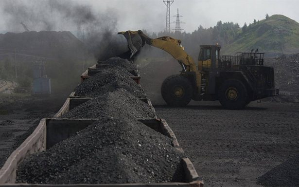 Compró la CFE 243.7 millones de dólares en carbón