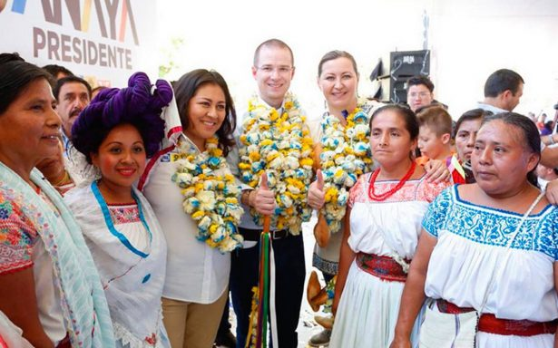 Anaya es arropado por seis gobernadores panistas en su gira por Puebla