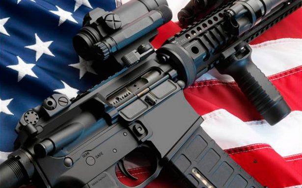 Alumnos en escuela de Missouri venden boletos para rifar un AR-15