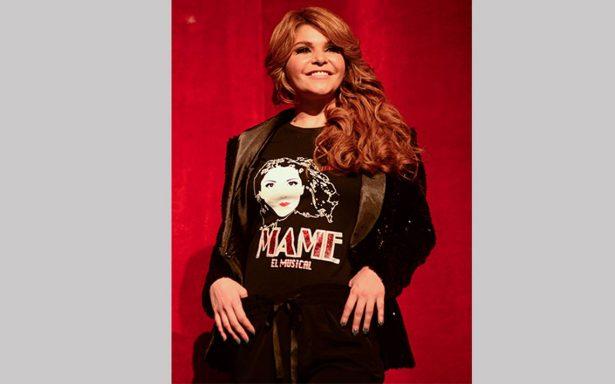 Itatí Cantoral regresa entusiasta a los escenarios