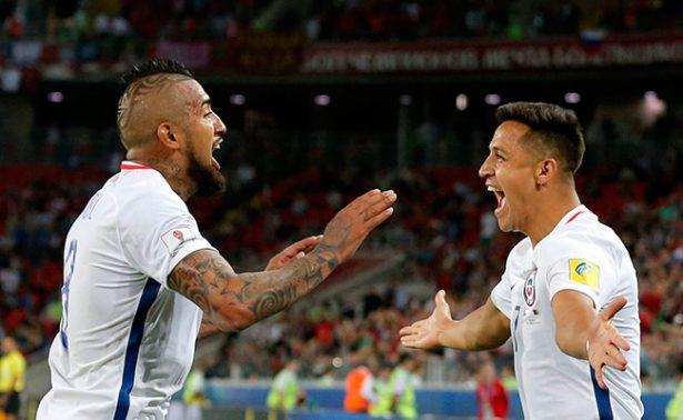 Chile logra su primer triunfo en Copa Confederaciones al vencer a Camerún