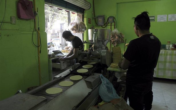 Aunque Profeco vigile, BC estima tortilla en 20 pesos por kilo