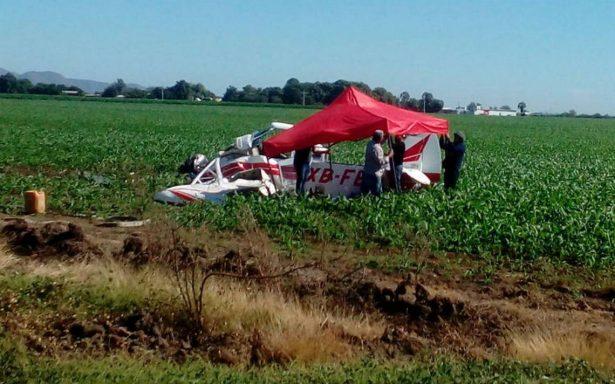 Muere piloto al accidentarse en una avioneta en campo agrícola