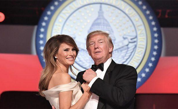 Melania dona el vestido con el que bailó con Trump cuando fue electo