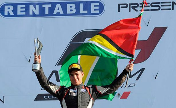 Calvin Ming, campeón de la F4 en el Autódromo de la CDMX