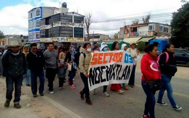 Maestros de la Sección 22 marchan en Oaxaca tras el caso de Nochixtlán