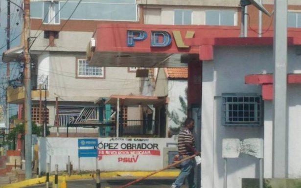 Aparecen bardas pintadas en apoyo a AMLO en Venezuela