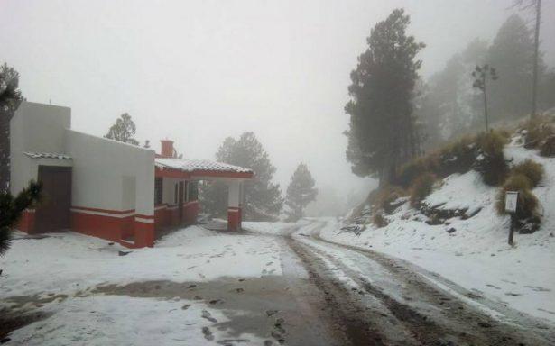 Cierran acceso al Nevado de Colima por condición climática