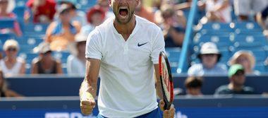 El tenista Dimitrov vencio a John Isner en el torneo Masters